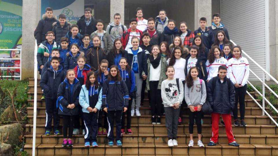 2015-12-31_Concentracion_Rias_Ponteareas_Foto_Grupo.jpg